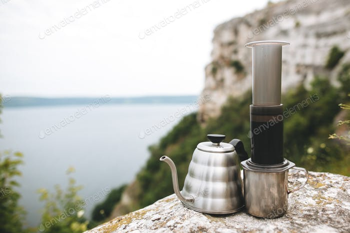 Brewing alternative coffee at camping