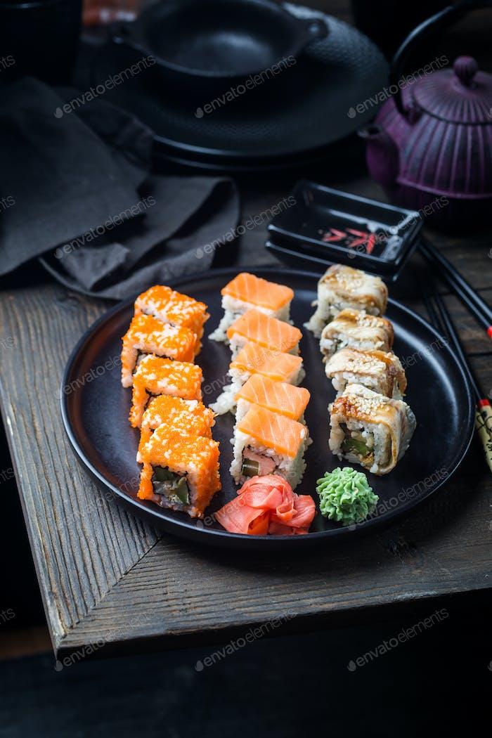 Verschiedene Arten von Sushi