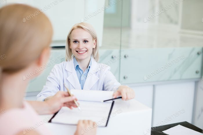 Consultation of doctor