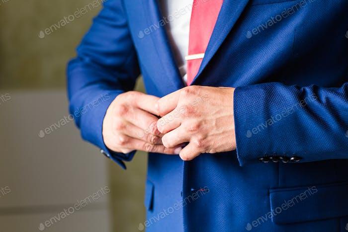 Человек пуговицы куртка крупным планом
