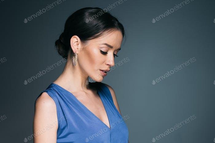 Schöne Frau mit langen Haaren, Glanz und lockig, Schönheit Mädchen