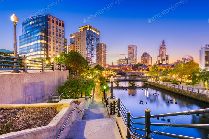 Providence, Rhode Island, USA park and skyline