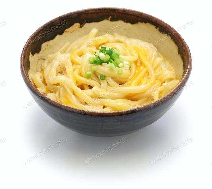 kamatama udon, japanese noodle dish