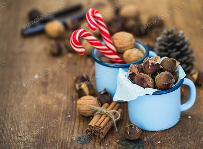 Traditional Christmas foods and decoration