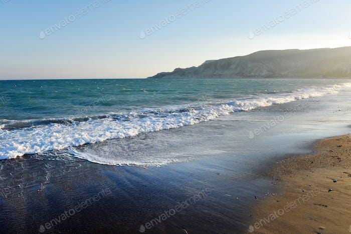 Idyllischer Sandstrand in Zypern