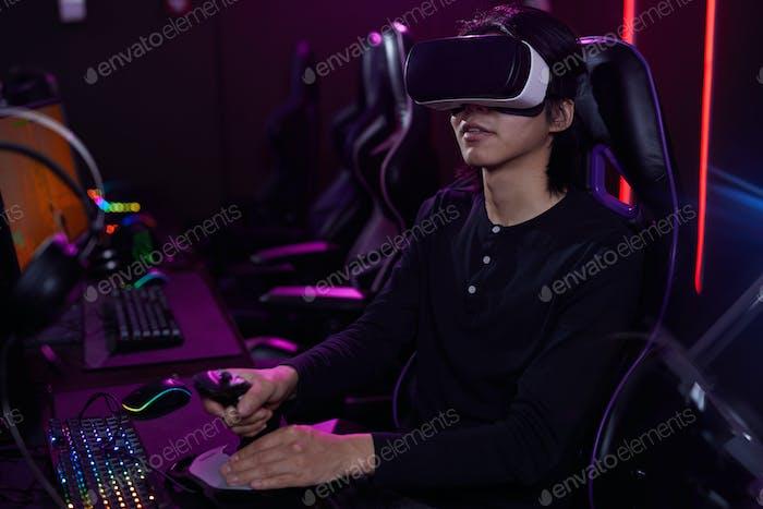 Joven Jugando VR Videojuego