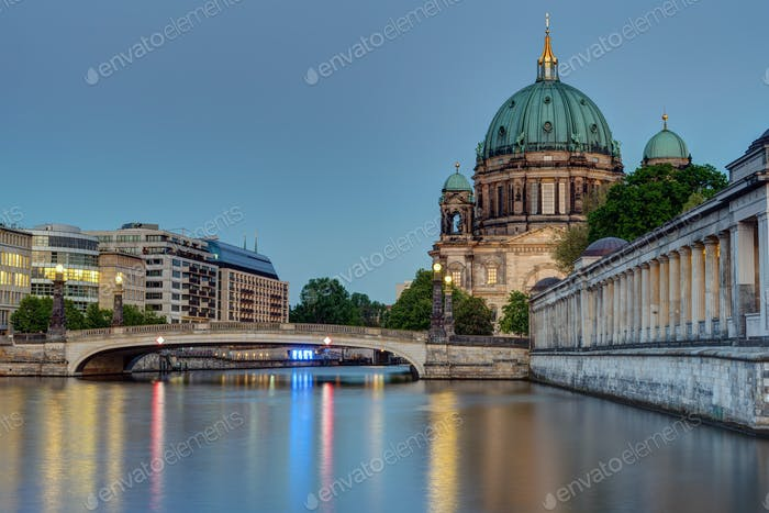 The Berlin cathedral at dusk