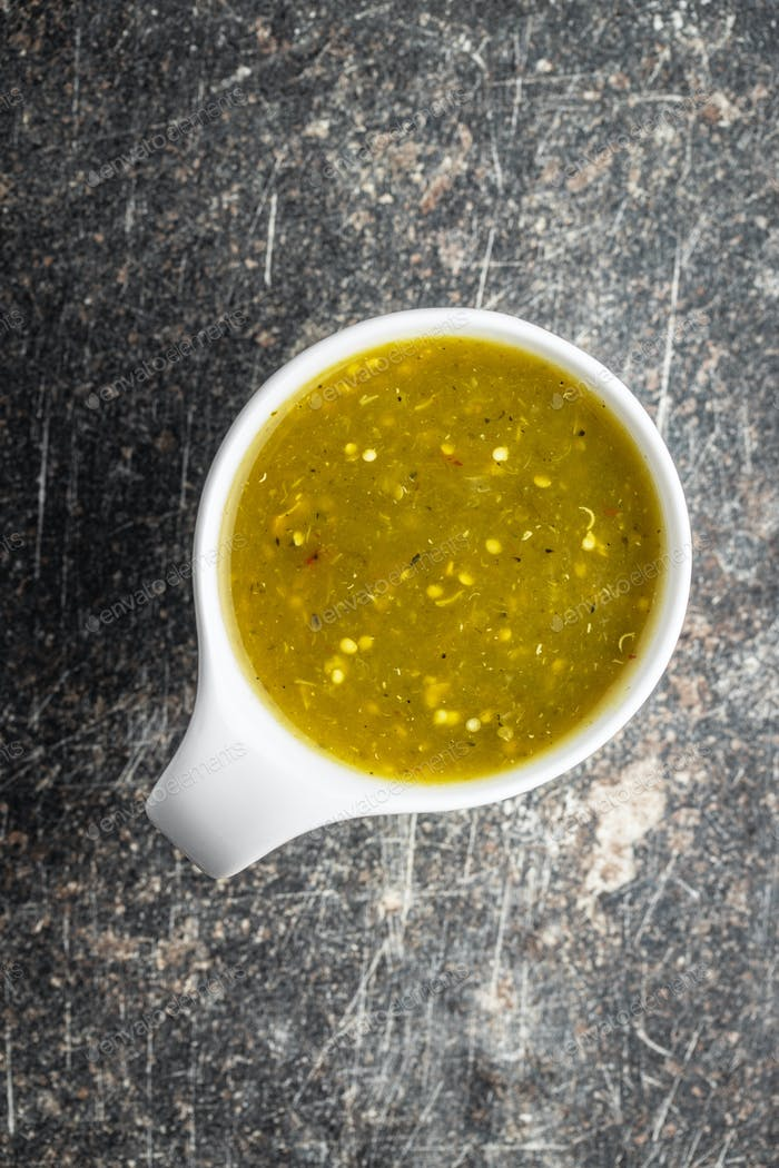 Hot jalapeno sauce. Green chilli sauce.