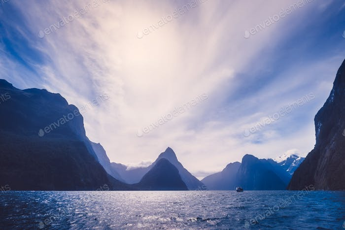 Landscape view of Milford Sound cliffs and mountains, New Zealand