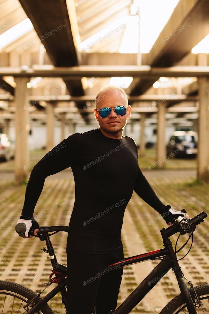 Fahrrad Reiten männlich