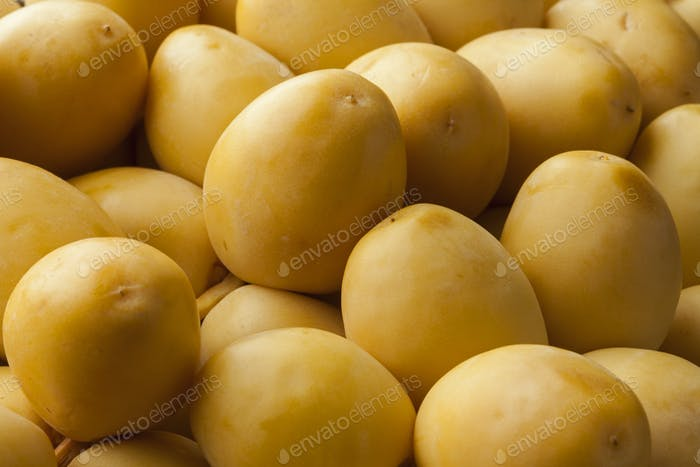 Fresh yellow dates