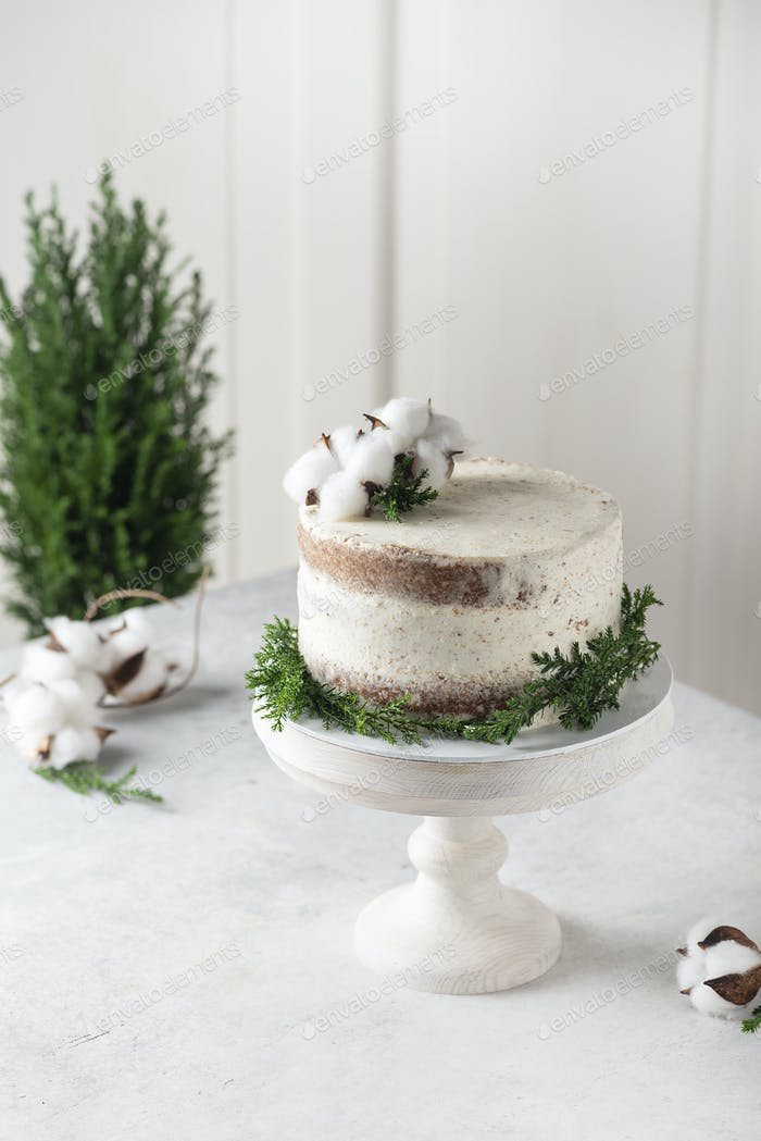 Christmas nude cake with white cream