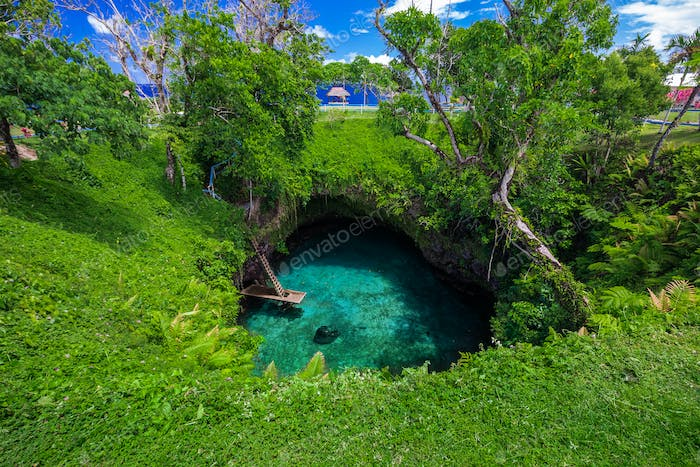 To Sua ocean trench - famous swimming hole, Upolu, Samoa