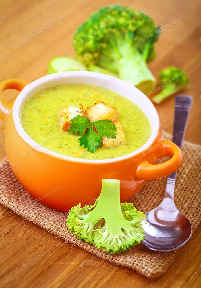 Tasty broccoli soup