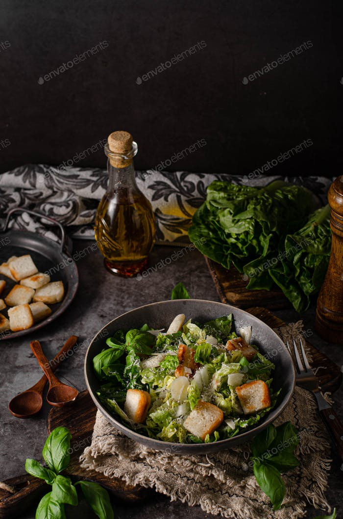 Delicious and simple ceasar salad