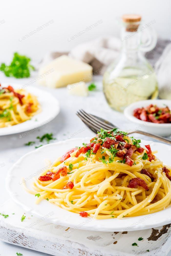 Pasta italiana Carbonara