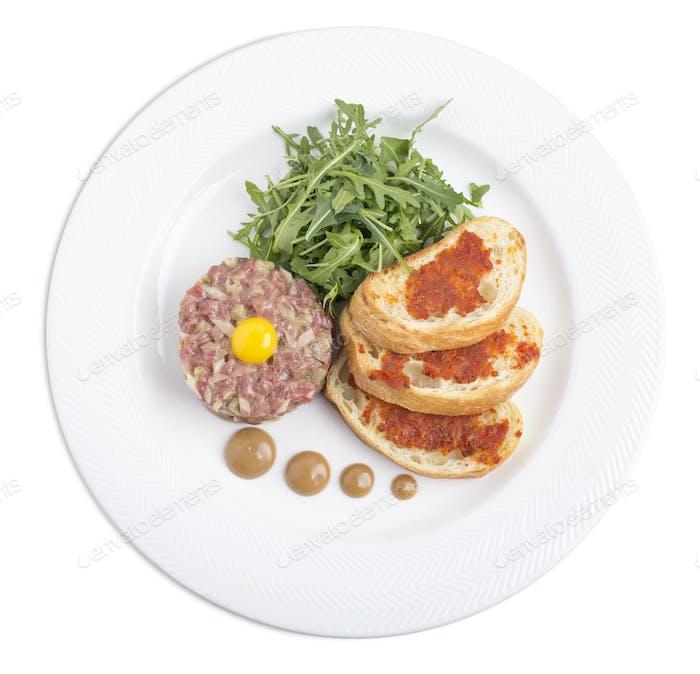Köstliches Rindfleisch-Tartar.