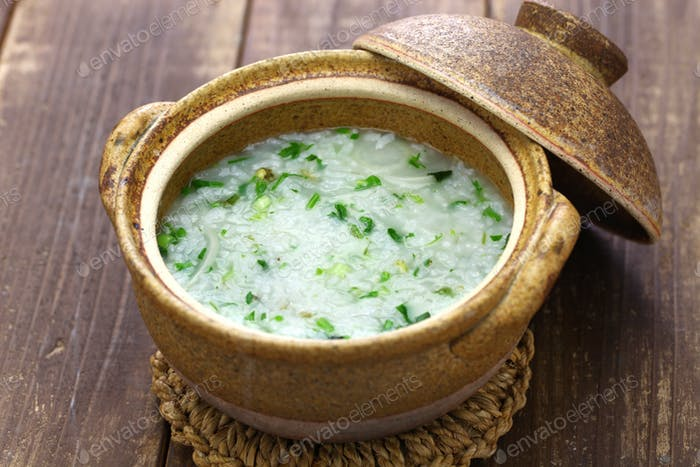 Nanakusagayu, rice porridge with seven herbs, Japanese traditional custom