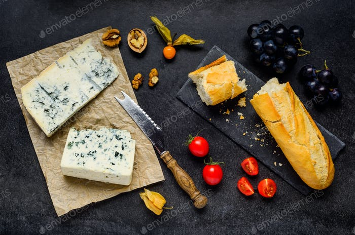 Blue Mold Gorgonzola Cheese with Food