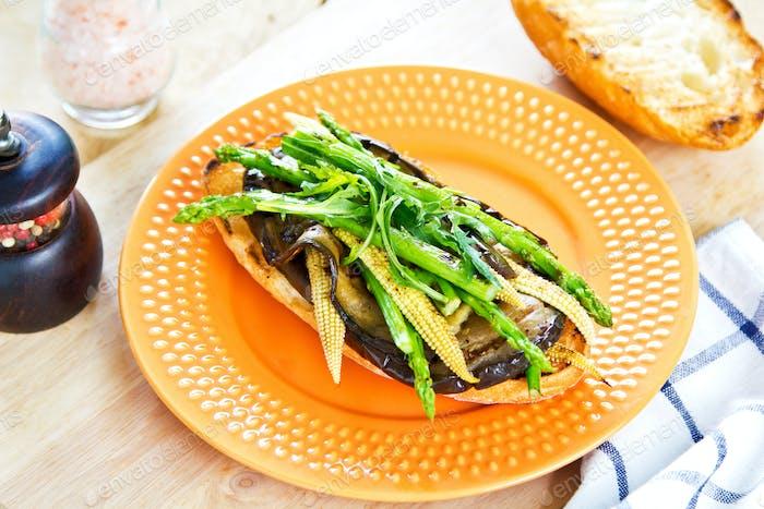 Grilled vegetables sandwich