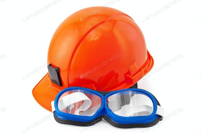 Helm orange und Brille