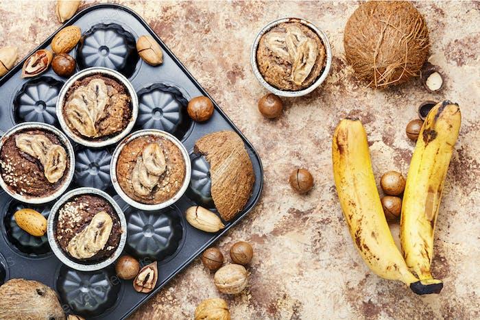 Frisch gebackener Bananenmuffin