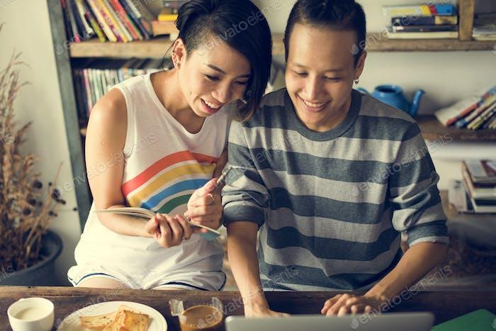 LGBT Lesben paar Momente Glück Konzept