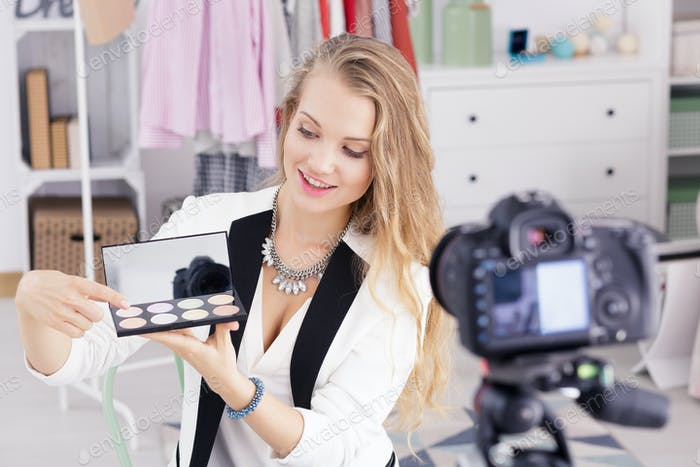 Make up vlogger recording broadcast