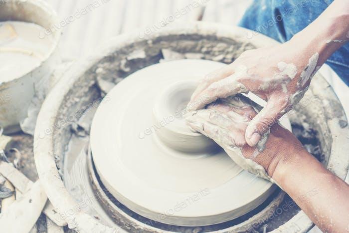 Keramik-Ton-Hersteller