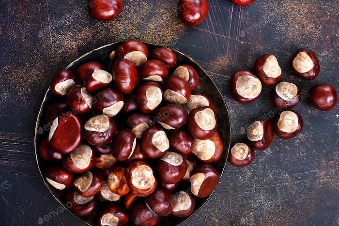 raw chesnuts