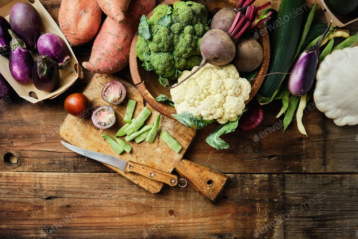 Fresh organic vegetables for healthy cooking