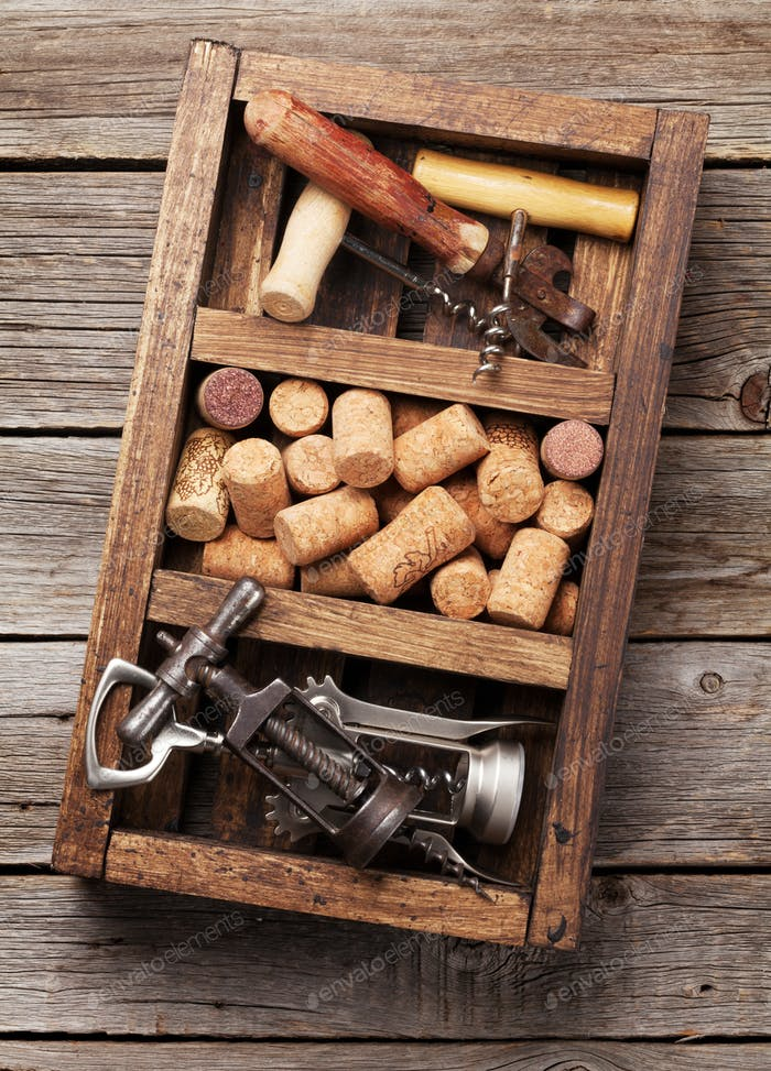 Wine accessories, corkscrew and corks