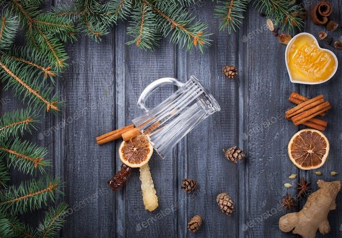 Glühwein, Zutaten.Weihnachtsgetränk.