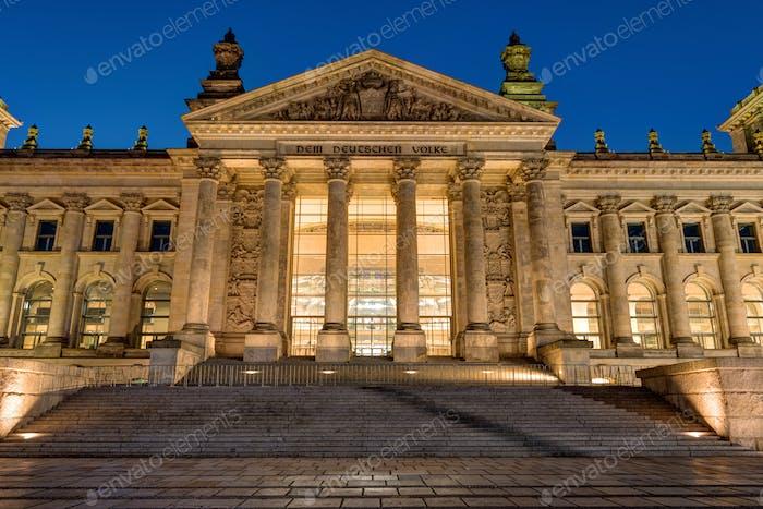 Detail des Reichstags in Berlin