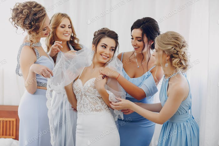 Thumbnail for bride with bridesmaids