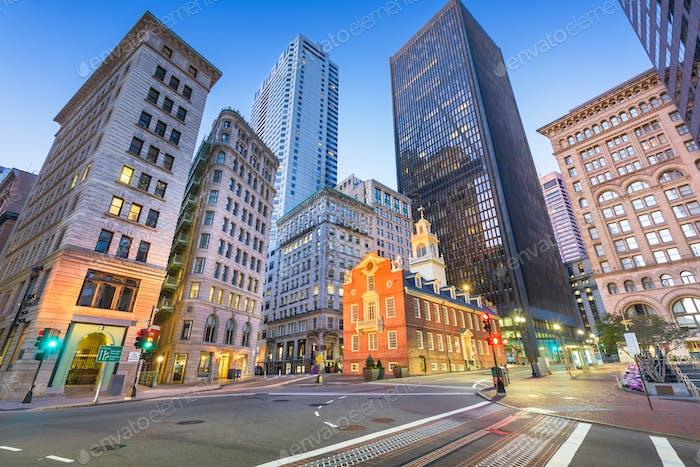 Boston, Massachusetts, USA Old State House und Stadtbild.