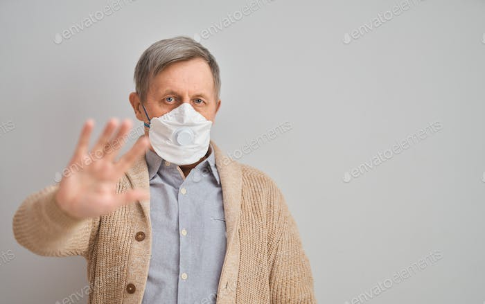 Old man wearing facemask