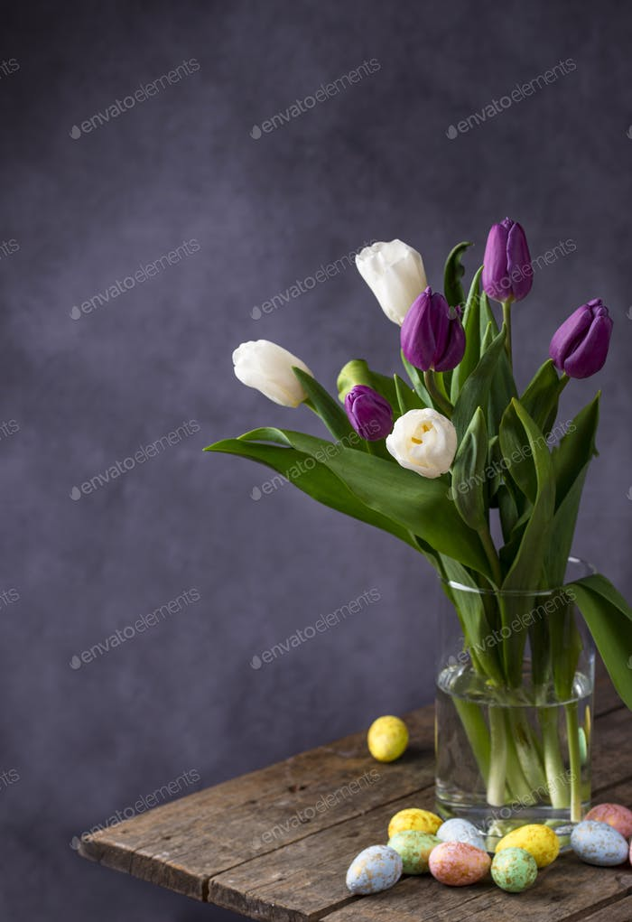 Easter background with tulips and eggs