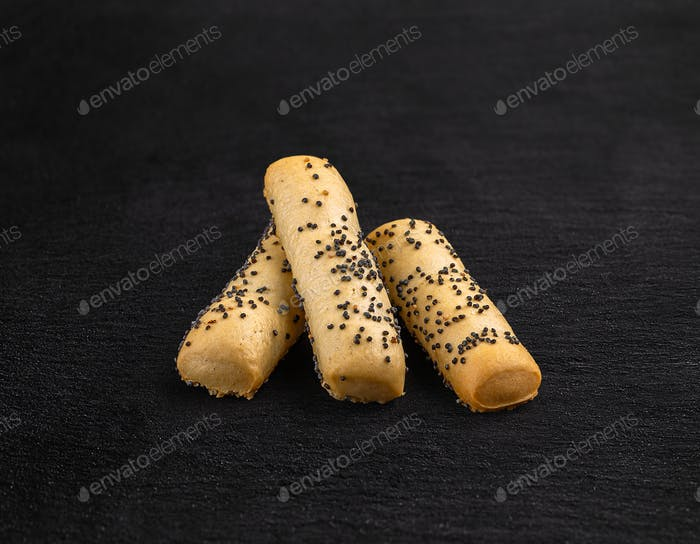Bread sticks with poppy seeds