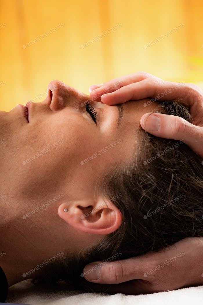 Neck Pain Osteopathy Treatment