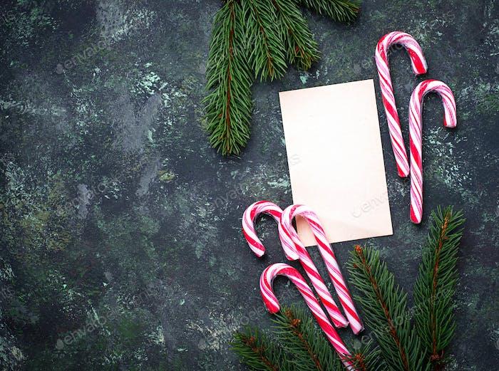 Weihnachten Hintergrund mit Zuckerrohr und Brief