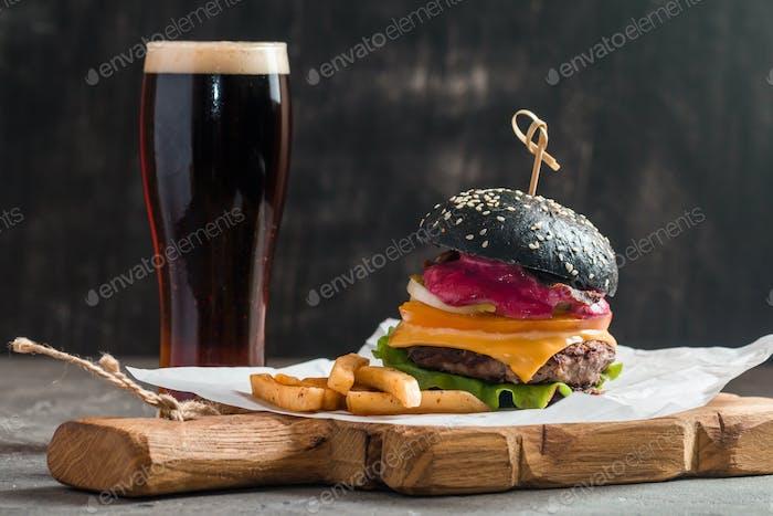 Schwarzer Gourmet-Burger