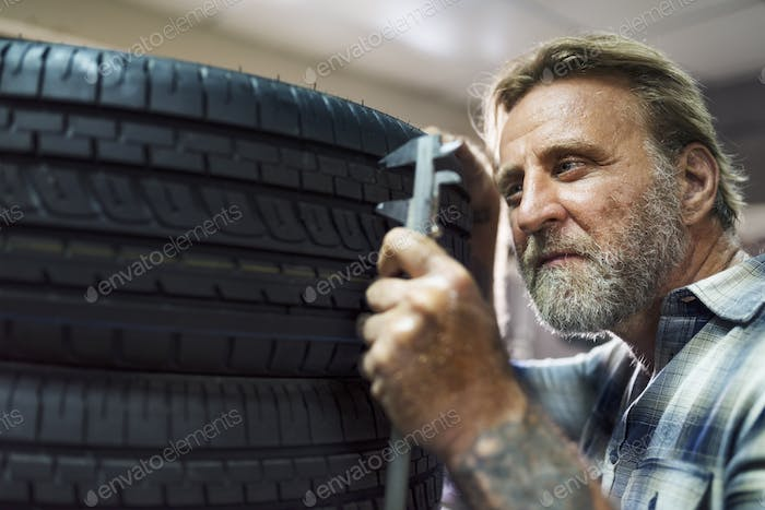 Garage Automotive Tuning Adjustment Tire Concept