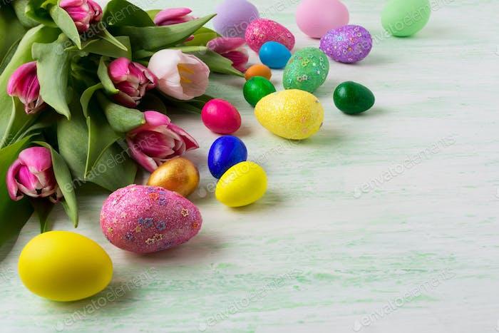 Ostern handbemalte Eier Hintergrund