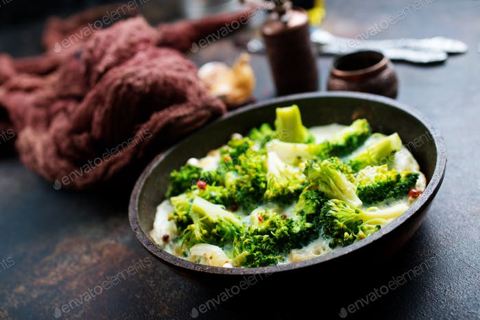 broccoli with eggs
