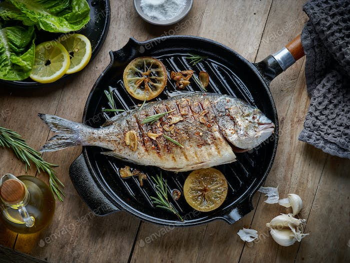 fish on grilling pan