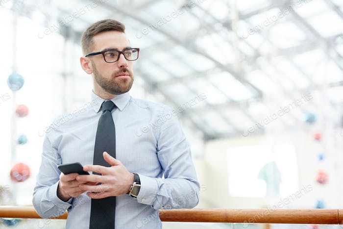 Agent with smartphone
