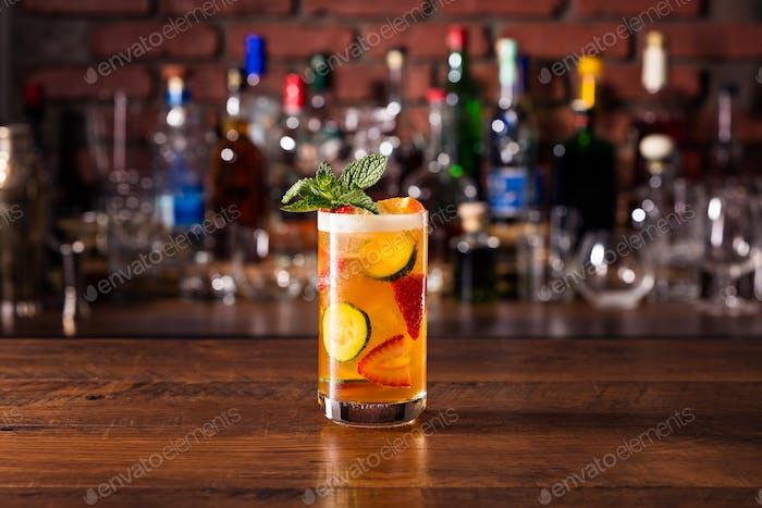 Erfrischende Pimms Cup Cocktail