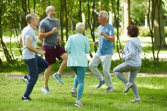 Aktive Senioren Aufwärmen