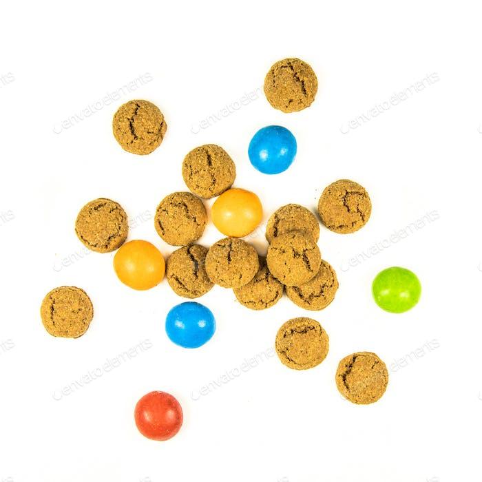 Bündel von verstreuten Pepernoten Cookies